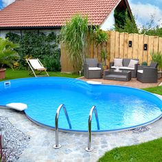 Ein eigenes Freibad im Garten? Bei POOLSANA finden Sie günstige Swimmingpools m… A private outdoor pool in the garden? At POOLSANA you will find cheap swimming pools with complete equipment. Outdoor Plants, Outdoor Pool, Outdoor Gardens, Above Ground Pool, In Ground Pools, Bollard Lighting, Paint Your House, Backyard Playground, Steel Wall