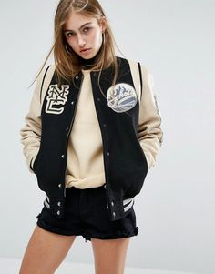 Buy Schott Leather Varsity Bomber Jacket at ASOS. With free delivery and return options (Ts&Cs apply), online shopping has never been so easy. Get the latest trends with ASOS now. Leather Varsity Jackets, Leather Flight Jacket, Flight Bomber Jacket, Bomber Jackets, Letterman Jackets, Outerwear Jackets, Varsity Jacket Outfit, Mode Chic, Couture
