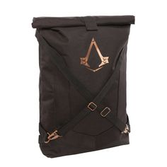 Officially-licensed Assassin's Creed: Syndicate merchandise Roll top secured with hook-and-loop strip to perfect to store your secrets Adjustable, padded straps fits most Assassins Keeps your gear safe as you leap from rooftop to rooftop Gold Assassin's emblem and weathered-looking brass ornamentation Victorian London holds all sorts of secrets and mysteries. If you're to properly explore …