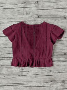Plunging V-neckline Knot Frill Hem Dip Hem Top -SheIn(Sheinside) Dress Outfits, Casual Outfits, Cute Outfits, Teen Fashion Outfits, Fashion Clothes, Latest Tops Fashion, Tumblr Outfits, Western Outfits, Diy Clothes
