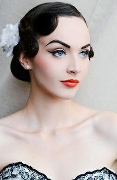 #Eye #Eyebrow #Makeup #Beauty #Hair #Retro #Lips #Cheeks #Bloggers #Vintage #Fashion #20s #Ideas #Inspiration