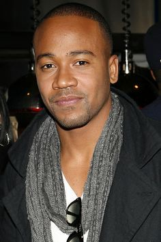 For reason I have had a crush on Columbus Short every since Stomp the Yard.