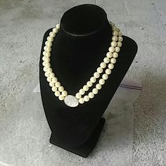 Avon President's Recognition Pearlesque Necklace 2 Brand new ladies necklace with pearls Avon Jewelry Necklaces