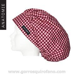 Gorros Quirofano Bouffant Flores Cuadros ANATOMIE Bandana, Turban Hat, Scrub Hats, Filipina, Love Sewing, Diy Crafts To Sell, Wardrobes, Caps Hats, Scrubs