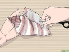 How to Drill a Hole in a Seashell (Without a Drill): 11 Steps – bombastic Seashell Painting, Seashell Art, Seashell Crafts, Seashell Jewelry, Seashell Necklace, Beach Jewelry, Diy Jewelry, Seashell Wind Chimes, Diy Wind Chimes