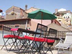 bosa flat Sardinia Holidays, Rental Apartments, Patio, Flat, Beach, Outdoor Decor, Home Decor, Bass, Decoration Home