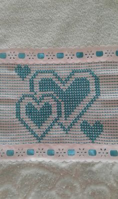 Swedish Embroidery, Towel Embroidery, Diy Crafts Crochet, Swedish Weaving, Bargello, Cross Stitch Designs, Rugs, Home Crafts, Bathroom Crafts