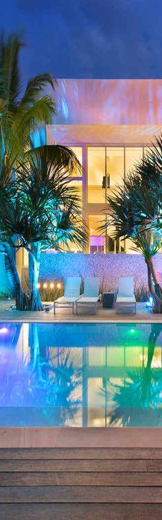 Luxury Poolside - ♔LadyLuxury♔