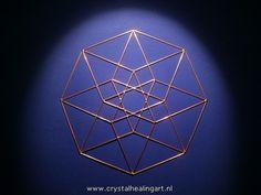 Tesseract 4d hypercube E4  http://www.crystalhealingart.nl