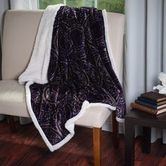 Trademark Victorian Printed Soft Plush Fleece Throw with Sherpa Backing