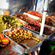 Sri Lankan Street Food - Delicious and exotic....just like the place itself! Book now with Go Sri Lanka Villas - www.gosrilankavillas.com