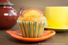 Briose de post cu mere calite Vegetarian Muffins, Vegan Muffins, Deserts, Apple Cinnamon, Cupcakes, Breakfast, Vegan Cupcakes, Desserts, Cupcake