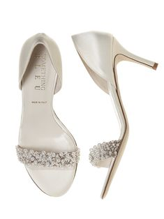 Cappy Pearl d'Orsay Ivory Satin Bridal Shoes http://www.dessy.com/accessories/cappy/
