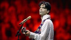 Prince live 2004 - The Rules - funny!