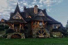 Красивый дом в Польше  Архитектор Себастьян Питонь  Другой проект этого архитектора: http://ru.beautiful-houses.net/2010/08/blog-post_25.html - Самые красивые дома - Google+