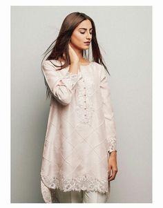 Pakistani Eid outfit by Zara Shahjahan.