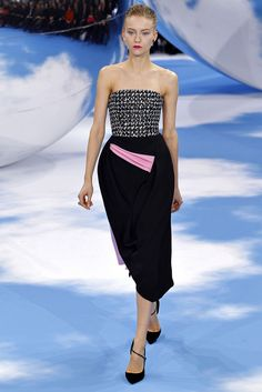 Christian Dior Fall 2013 Ready-to-Wear Fashion Show - Katya Riabinkina (Elite)