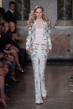Emilio Pucci at Milan Fashion Week Spring 2015 - Runway Photos