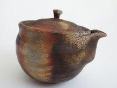 Japanese vintage Bizen ware teapot Hobin by Tohaku Mimura/ very nice glaze