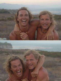 Matthew McConaughey and Woody Harrelson / Actors / Colour Photography Top Tv, I Movie, Movie Stars, Fandom Jokes, Cool Tumblr, Cinema, Kino Film, Charming Man, Matthew Mcconaughey