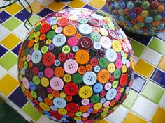 Button bowling ball