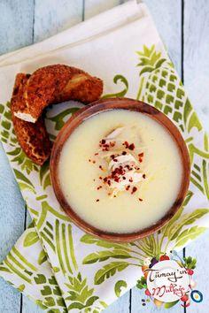 Terbiyeli Tavuklu Tel Şehriye Çorbası Turkish Recipes, Ethnic Recipes, Homemade Beauty Products, Avocado Egg, Hummus, Camembert Cheese, Health Fitness, Eggs, Breakfast
