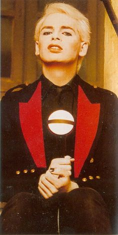 See Gary Numan pictures, photo shoots, and listen online to the latest music. 80s Synth, Gary Numan, Goth Glam, Music Icon, Fm Music, New Romantics, Weird Stories, I Love Music, Light Of My Life
