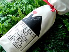 """There's No Place Like Home!"" Personalized Wine Bag - Housewarming Gift"