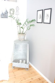 Old garbage can I now use for candles Garbage Can, Candles, Canning, Ideas, Home, February, Ad Home, Candy, Homes