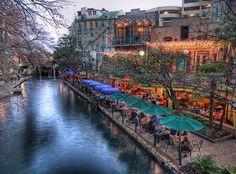 Riverwalk, San Antonio, Texas.....LOVE LOVE LOVE SATX!