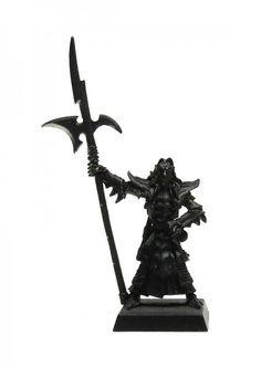 Ein Henker von Har Ganeth der Dunkelelfen aus Metall
