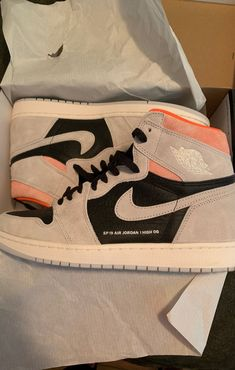 Like new literally worn Size 12 with box just thinning out the collection Cute Sneakers, Girls Sneakers, Sneakers Fashion, Fashion Shoes, Sneakers Nike, Jordan Shoes Girls, Air Jordan Shoes, Girls Shoes, Zapatillas Nike Jordan