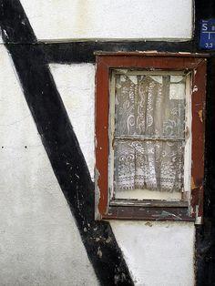Inspiration Lane, valscrapbook: Window 7 by erix! on Flickr.