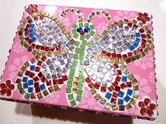 http://www.ziggityzoom.com/parentsguide/category/topic/fun-craft-projects