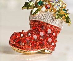 Google Image Result for http://img.alibaba.com/wsphoto/v0/488986361/Christmas-shoes-brooch-Christmas-gift-Free-shipping-new-arrival-alloy-crystal-christmas-tree-brooch-10pcs-lot.jpg