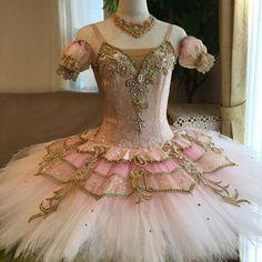 オーロラact1の衣装です✨チュールはピンクのグラデーションに染めました。 #ballet #バレエ#手作り#ハンドメイド#衣装#衣裳#コスチューム#バレエコンクール#発表会#オーロラact1#眠りの森の美女 #ピンク#aurora