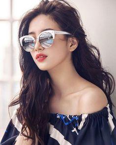 beautifull suzy (miss A) for brand sunglasses CARIN Bae Suzy, Korean Beauty, Asian Beauty, Korean Girl, Asian Girl, Miss A Suzy, Celebrity Travel, Celebrity Photos, Korean Actresses