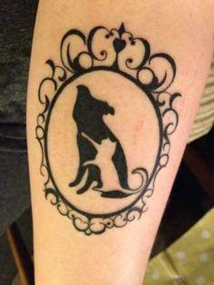 Tattoo-Foto: Hund und Katz Tattoo Foto, Cat Tattoo, Cat Paw Print, Cat Paws, Paw Prints, Tattoo Inspiration, Print Tattoos, Piercings, Sisters