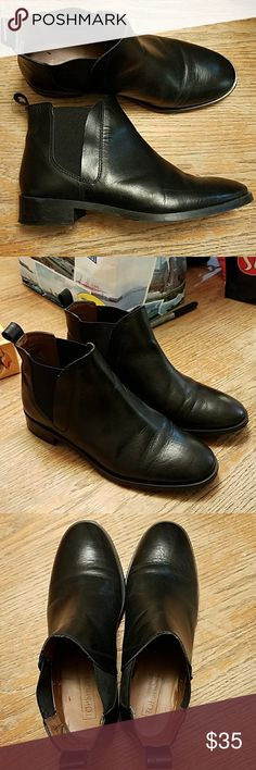 Topshop Ankle Boots. Chelsea Boot. Black. Kaiser. Black leather Topshop Chelsea boots. Size 7. Great condition. Sold out on Topshop Topshop Shoes Ankle Boots & Booties