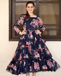 Frock Fashion, Aiman Khan, Outfit Goals, Girls Wear, Frocks, Designer Dresses, Evening Dresses, Actresses, Celebrities