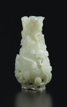 "AN UNUSUAL WHITE JADE ""PHOENIX"" VASE, CHINA, QING DYNASTY, 18TH CENTURY"