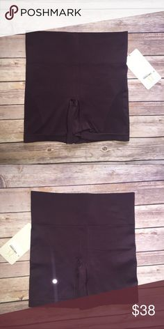 Lululemon Sculpt Short Seamless Medium Rose BCHR New with tags. 93% nylon 7% spandex. lululemon athletica Shorts