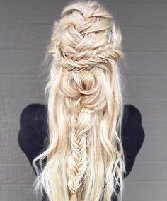messy boho braids