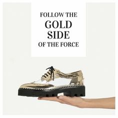 Follow the Gold side of the force #golden #gold #befab #fashion #fashiongram #glamour #style #glamstyle #goldside #shoes #luxury
