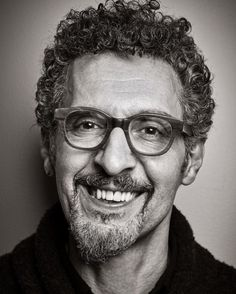 JOHN TURTURRO (born February is an Italian-American actor, writer and filmmaker. Hollywood Stars, Classic Hollywood, John Turturro, Actrices Hollywood, Celebrity Portraits, Famous Faces, American Actors, Belle Photo, Comedians