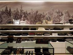 WINTER MOOD  #caneppele #store #shoppingonline #italy #menswear #womenswear #luxury #boutiue #cucinelli #harriswharf #collina #barba #incotex #churchs #lautrechose #dansko #leathercrown #pony