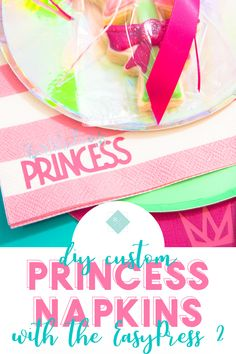 Create your own custom printed napkins at home and at a fraction of the cost. Personalize party napkins to fit any theme. Paper Folding Crafts, Diy Paper, Paper Crafts, Easy Craft Projects, Fun Crafts, Creative Crafts, Cricut Tutorials, Cricut Ideas, Cricut Craft