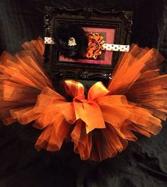 How cute is this ADORABLE Halloween tutu!? Perfect for  some Halloween pics!