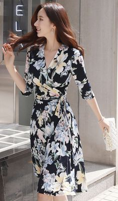 Swans Style is the top online fashion store for women. Shop sexy club dresses, jeans, shoes, bodysuits, skirts and more. Modest Summer Outfits, Simple Fall Outfits, Fall Fashion Outfits, Modest Fashion, Fashion Dresses, Sexy Dresses, Dress Outfits, Casual Dresses, Autumn Fashion Grunge