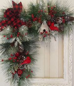 Check out these awesome last minute DIY Christmas decorations on a budget that will brighten your home over the festive season. Picture frame wreaths are really cheap and easy holiday decor ideas that you can use for your indoor or outdoor decorations. Christmas Swags, Noel Christmas, Holiday Wreaths, Rustic Christmas, Christmas Ornaments, Winter Wreaths, Christmas Nails, Picture Frame Wreath, Christmas Picture Frames